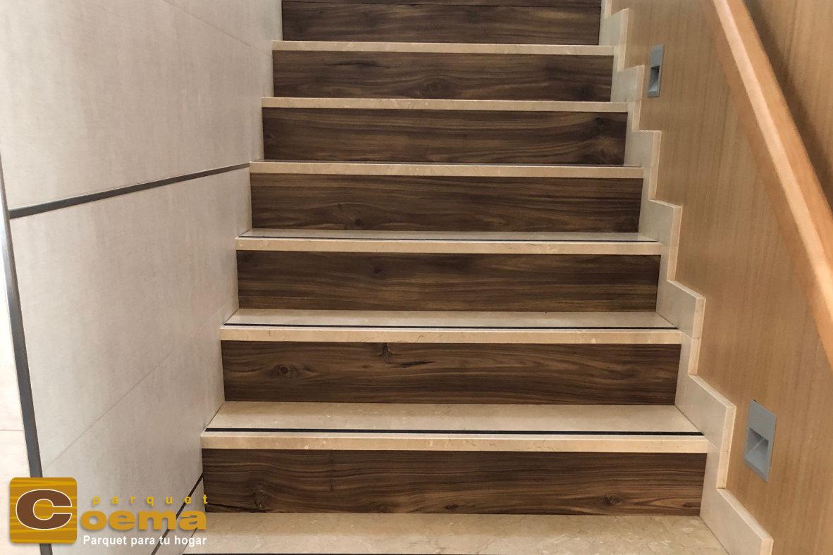 Escalera con pavimento laminado marca PARADOR