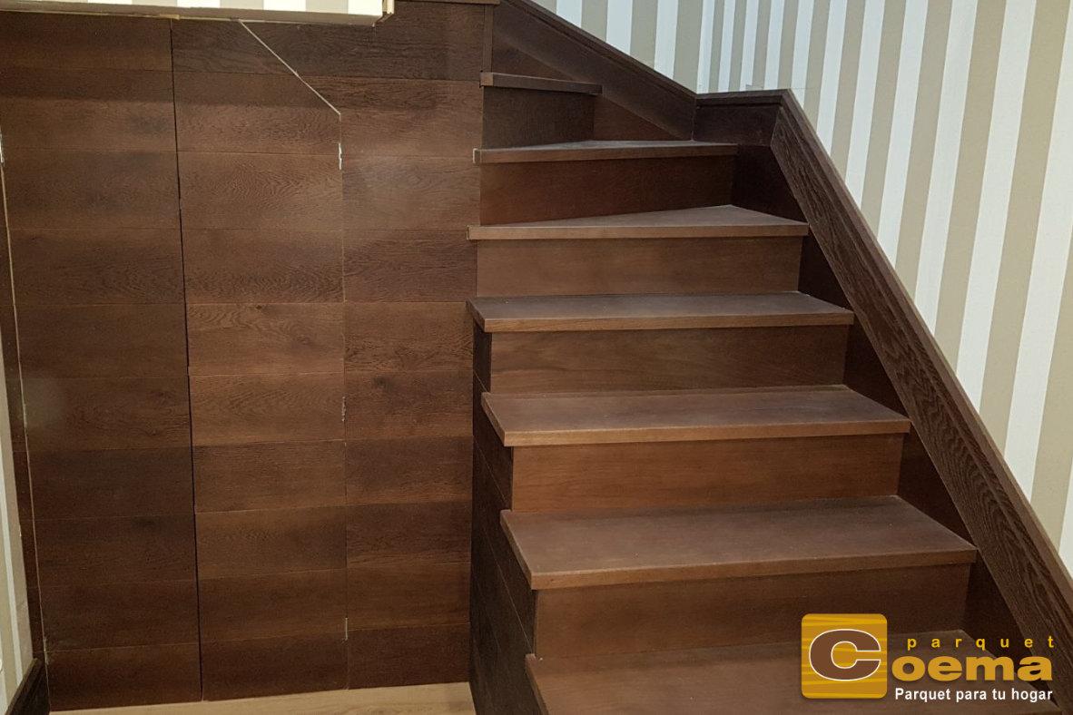Escaleras de tablón macizo de roble